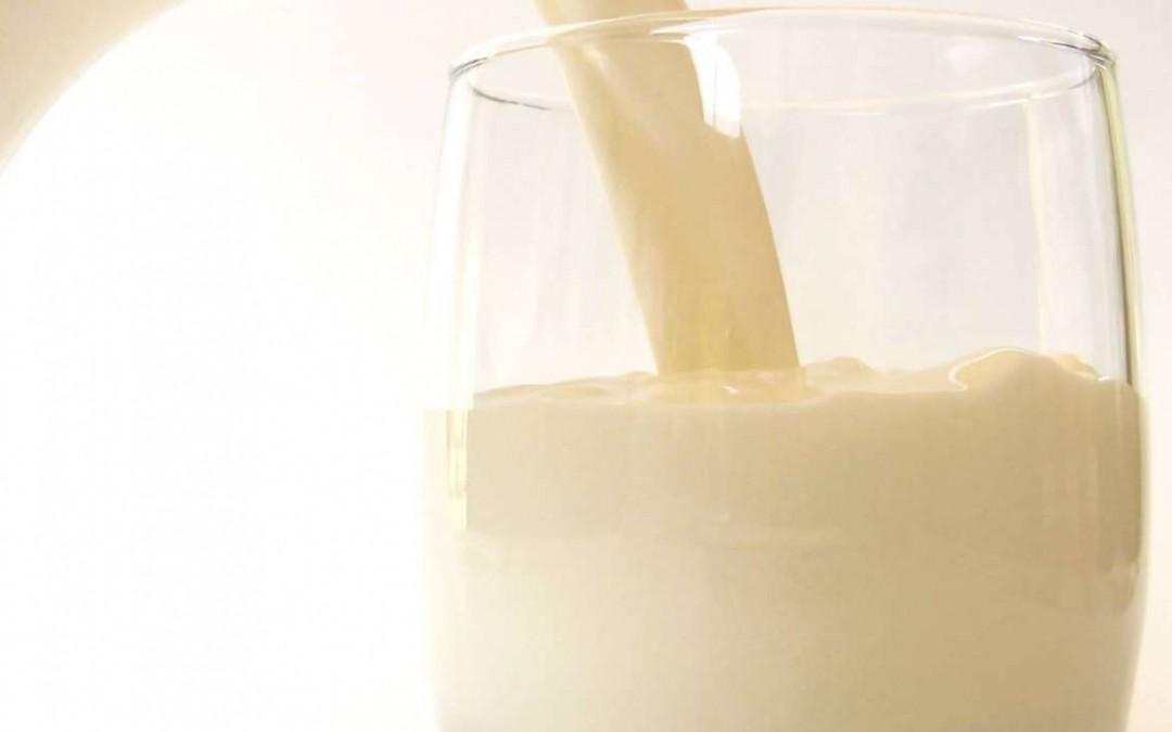 Le bugie sul latte crudo