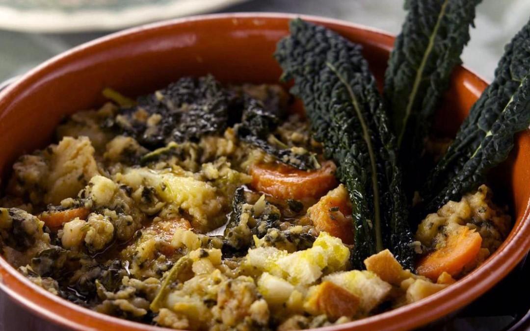 Cavolo e verdure: la ribollita è servita